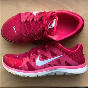 Nike Women's Pink Training Sneakers